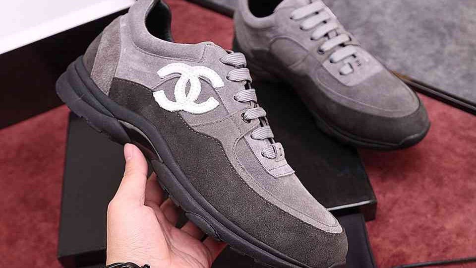 Chanel Low Top Trainer (M)