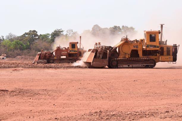 Vermeer Terrain Levelers working in bauxite in Guinea-Conakry