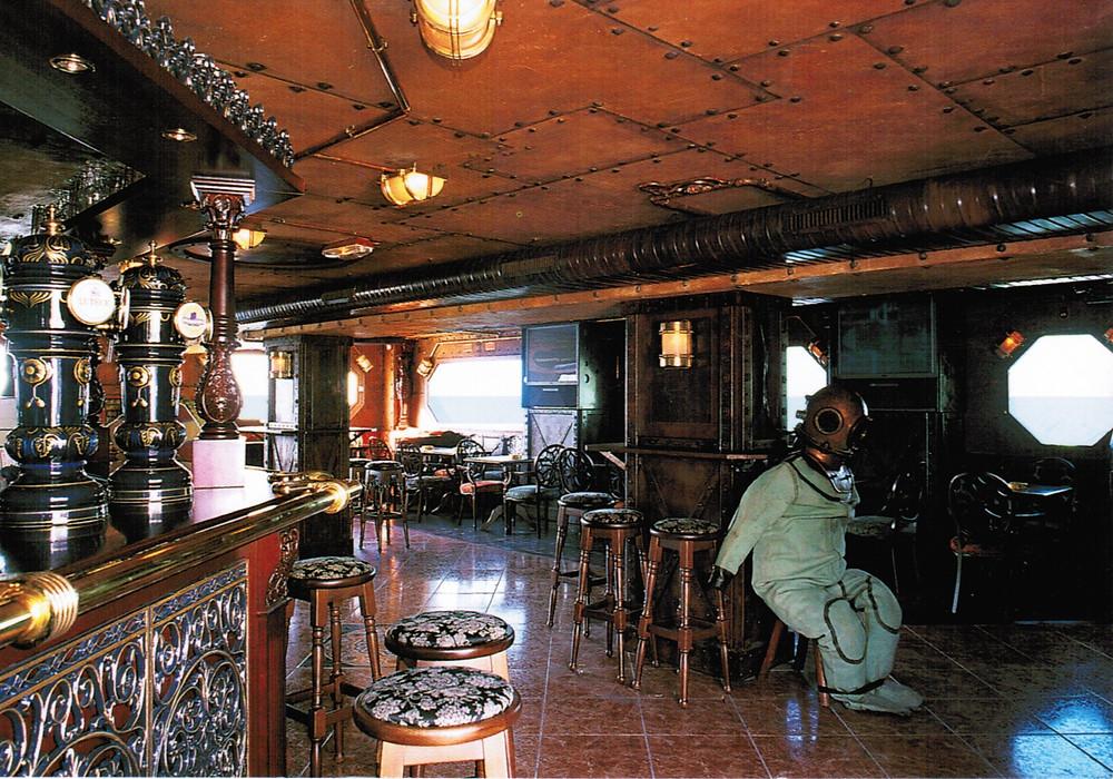 Bar 20 000 lieues Marseille