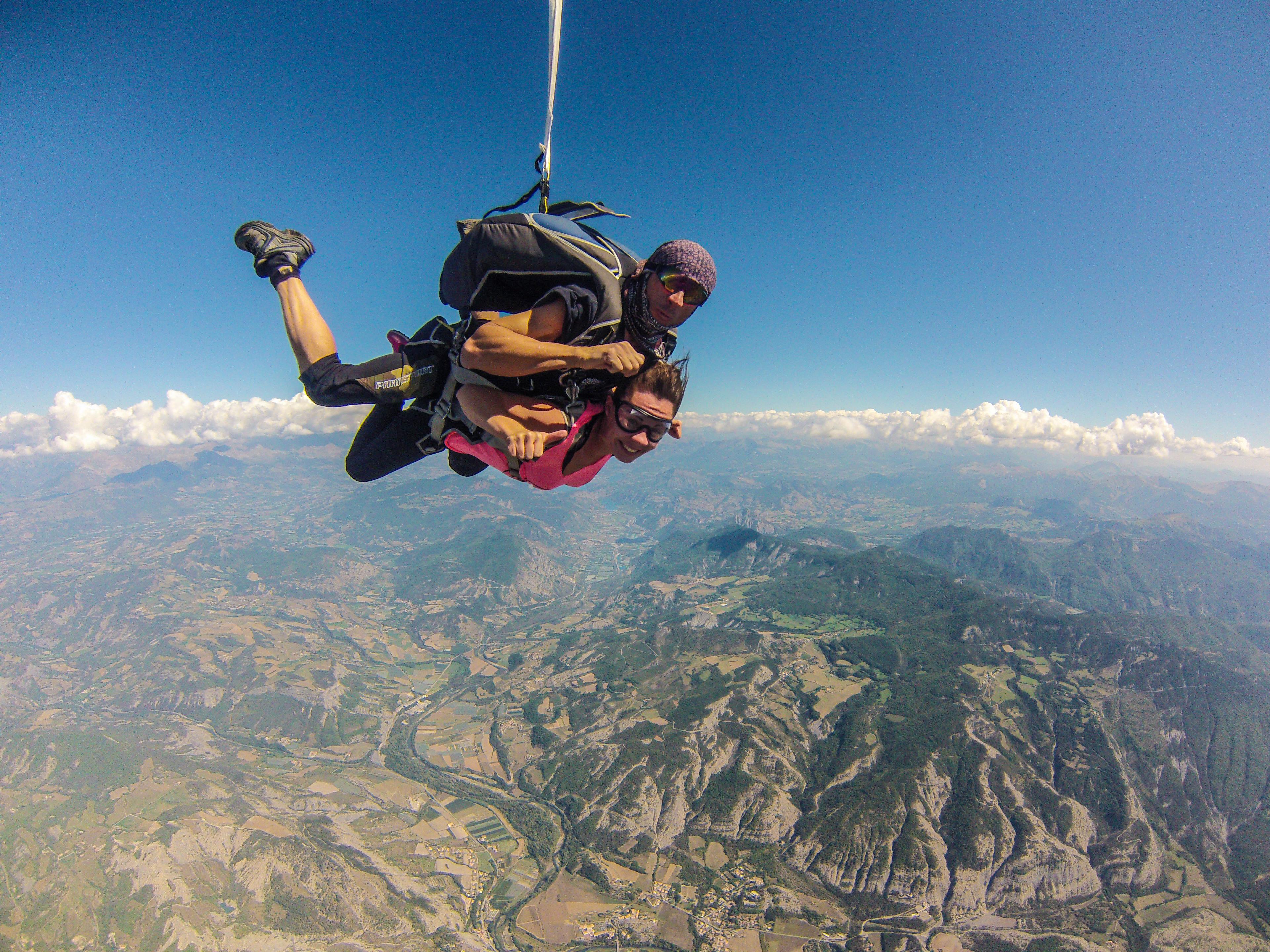 saut en parachute vomir