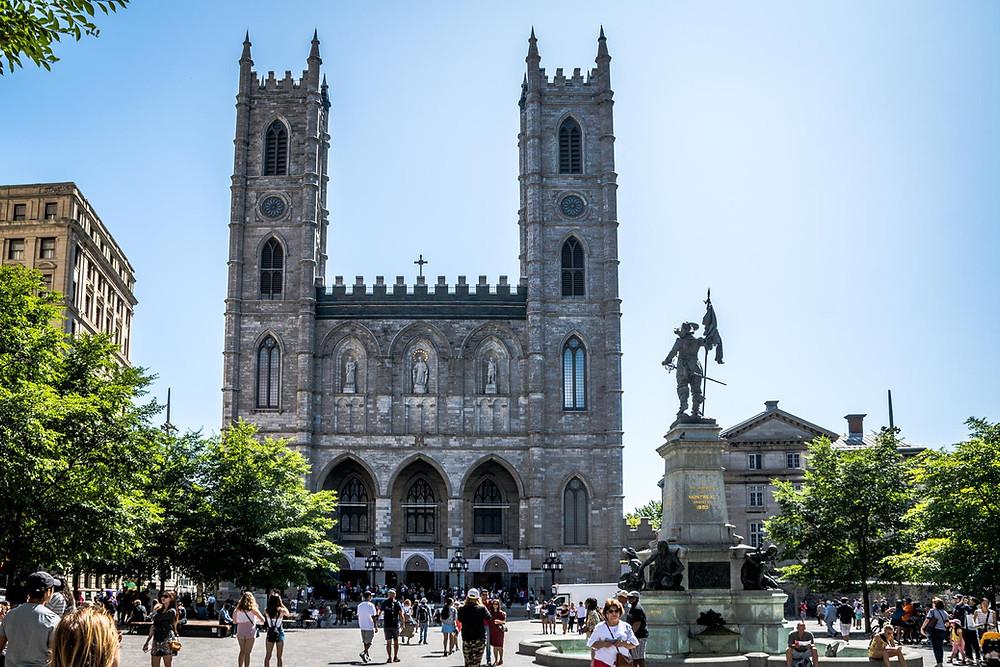 Basilique Notre Dame Montreal