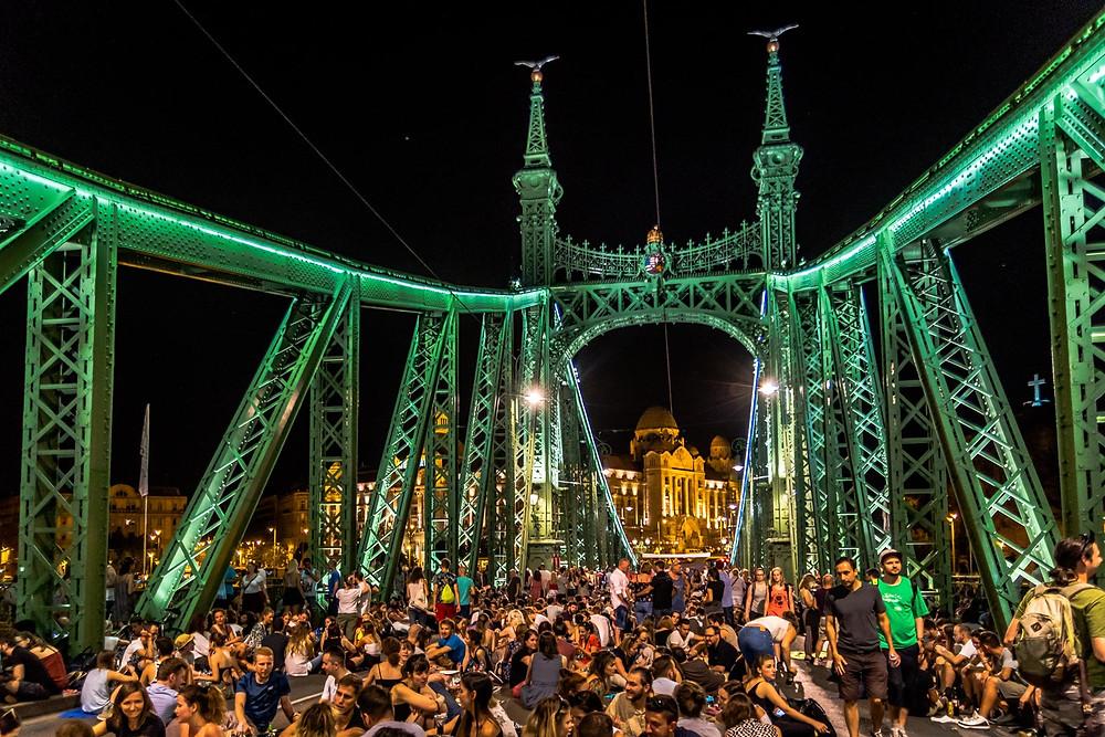 Pont de la liberté piéton, Budapest