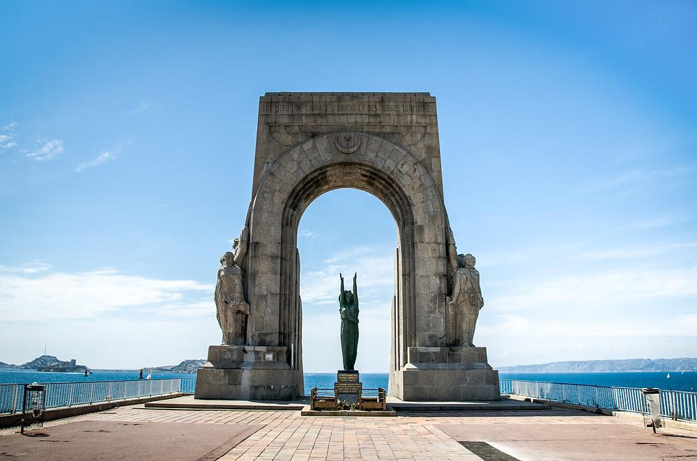 Statue aux héros de l'armée d'Orient Marseille