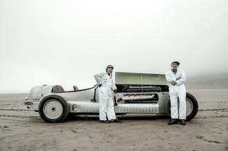 Aeroengine car