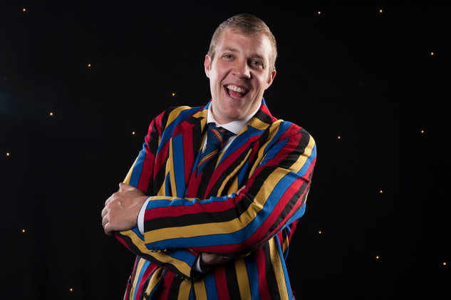 holiday park entertainer