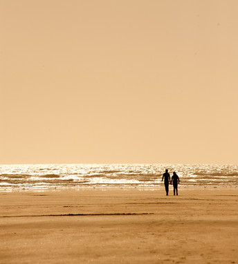 image of golden sand beach in devon