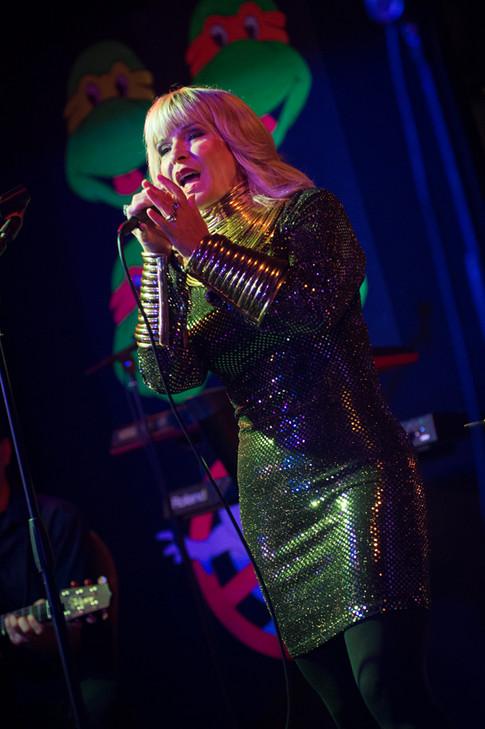 toyah wilcox on stage