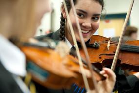 violin players at school