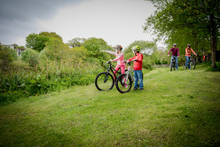 family cycling in cornwall
