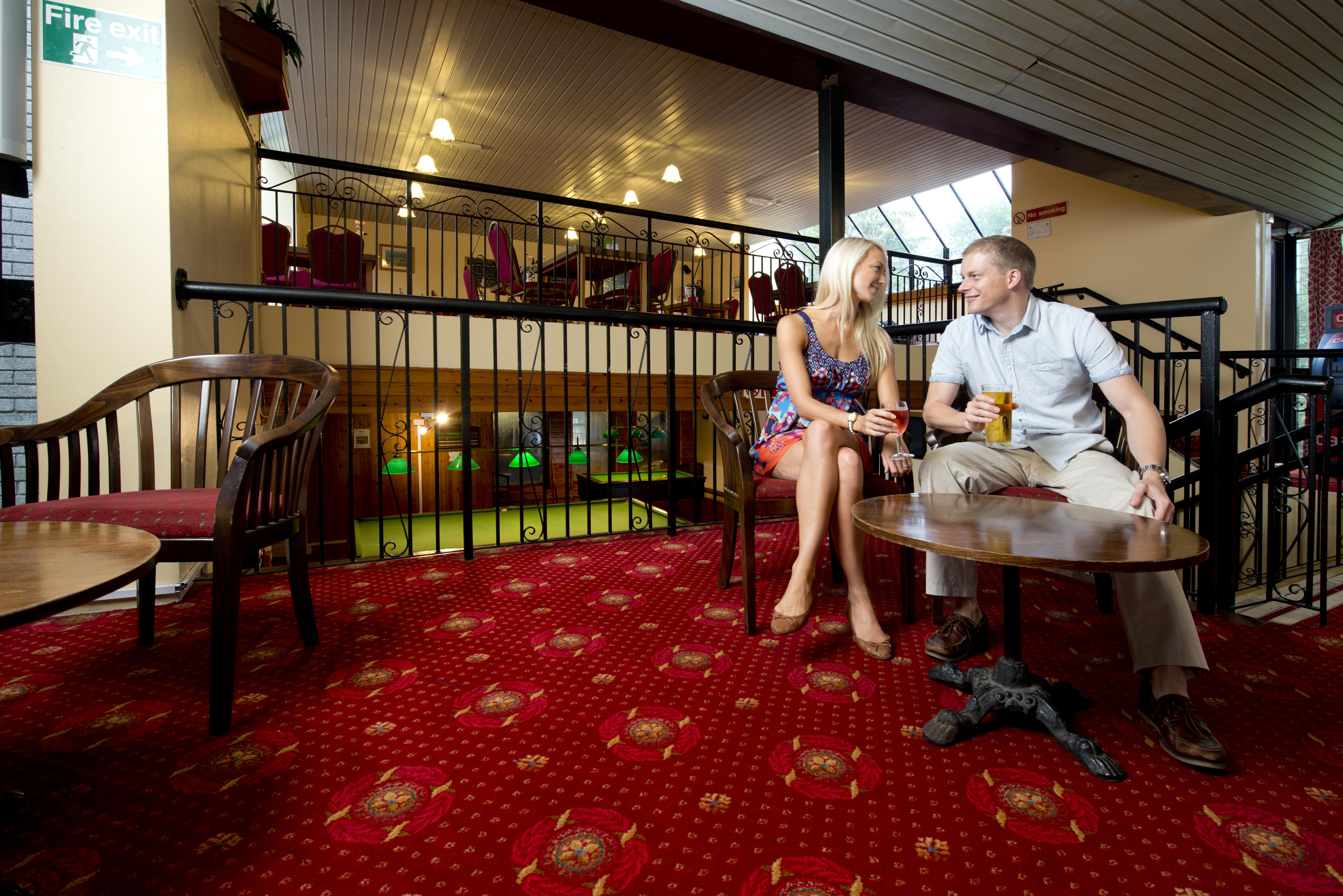 Tolroy Manor bar
