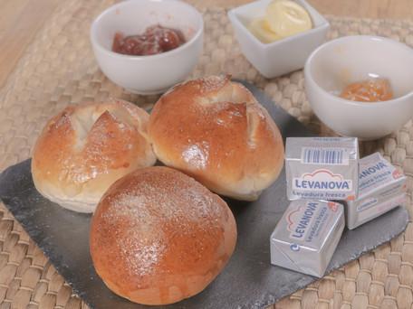 Receta para unos deliciosos y esponjosos panecillos de brioche