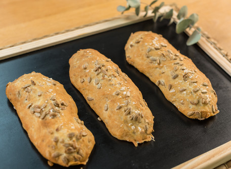 Palitos de pan de pipas caseros. ¡Los que nunca pueden faltar!