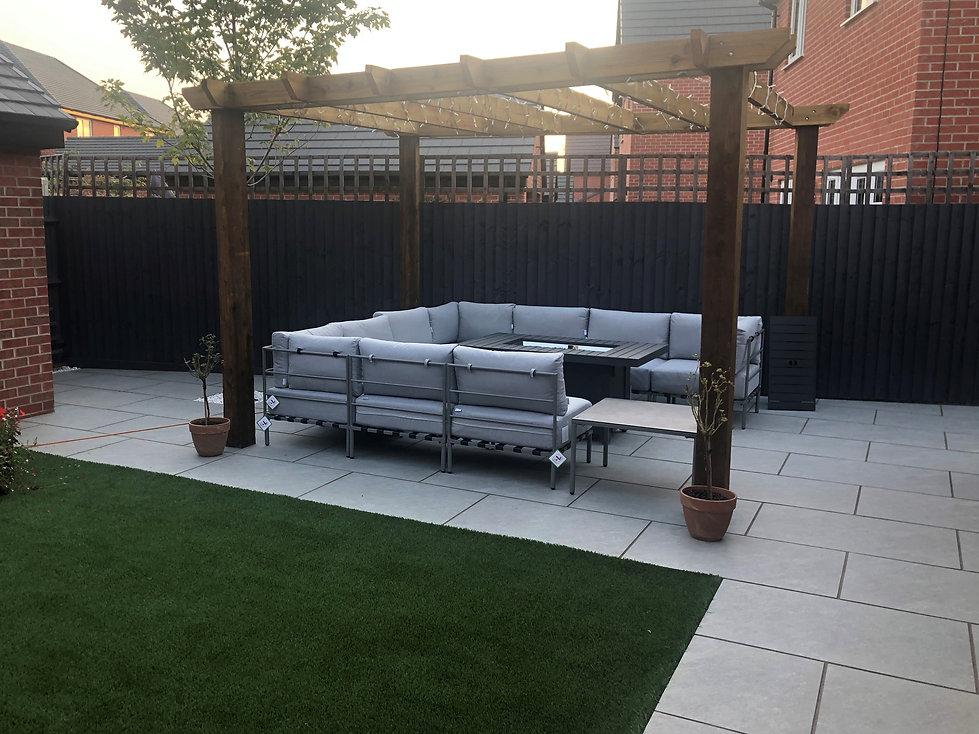 tom garden complete.jpg
