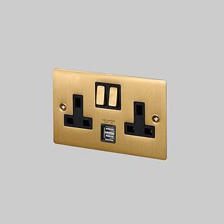 1. 2G_Brass_Plate_UK_Socket_USB_Square.j