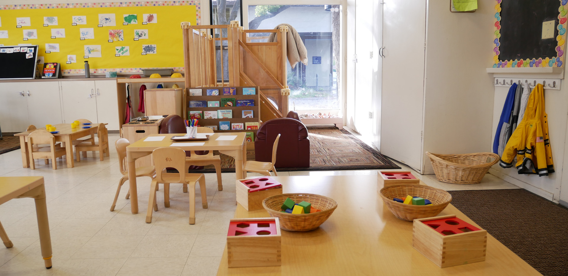 Manipulative Play Table