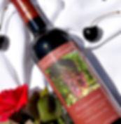 Red semi-sweet pinot noir