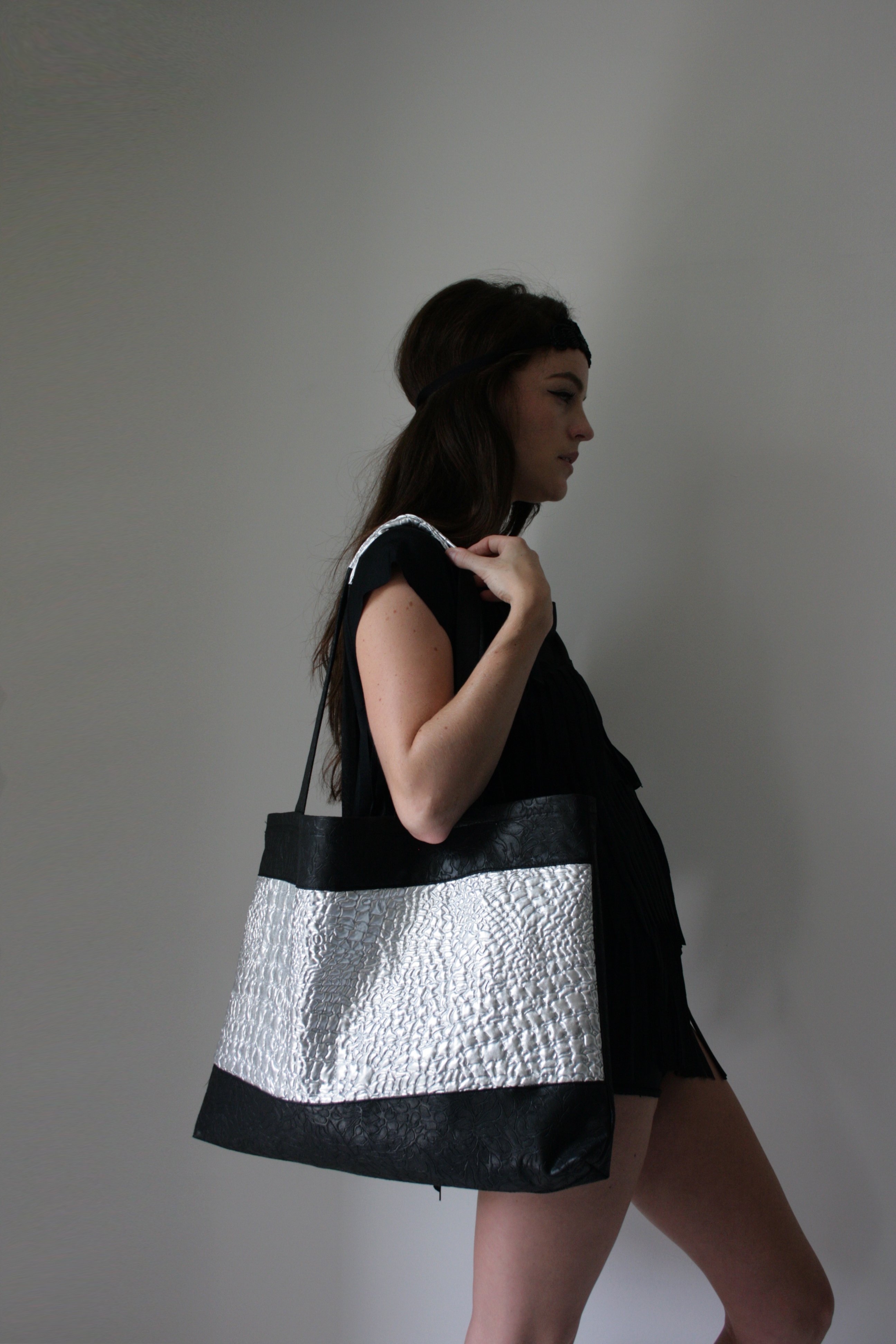 SS14 - Black & Silver Bag