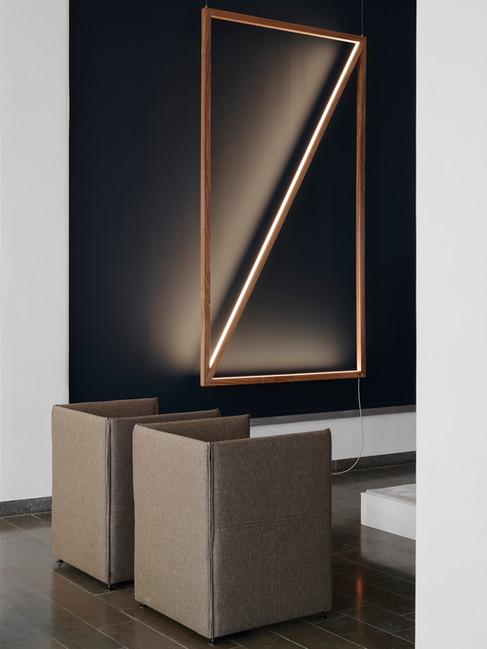 light frame / bespoke