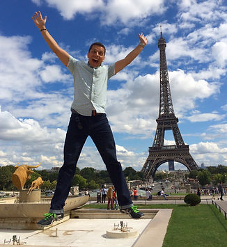 Paris! One of my favorite places ! (1).J