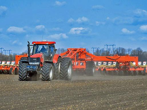 Аграрии Липецкой области активно проводят весеннюю посевную кампанию