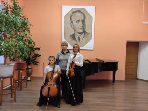 Школы искусств в регионе получают музыкальные инструменты