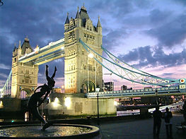 tower-bridge-london-at-night-2-1546747_e