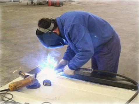 taller reparación delfin lines canarias