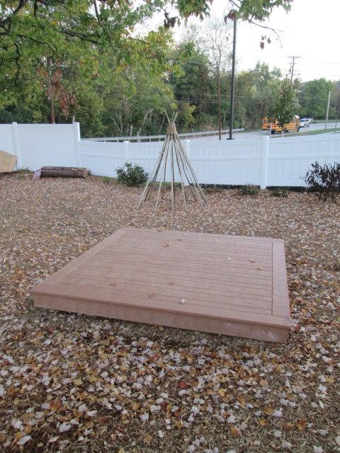 4' x 4' Deck