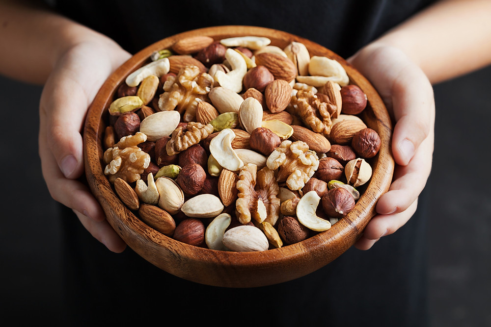 Nuts, nut packaging