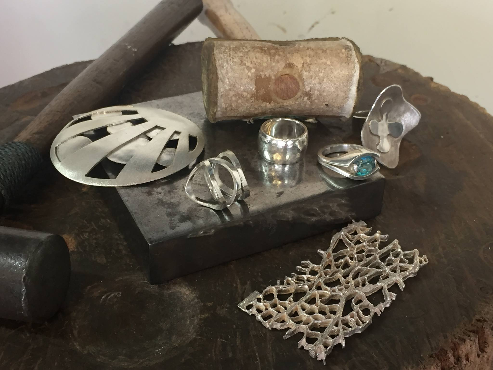 Creative Workshop - Make your own ring