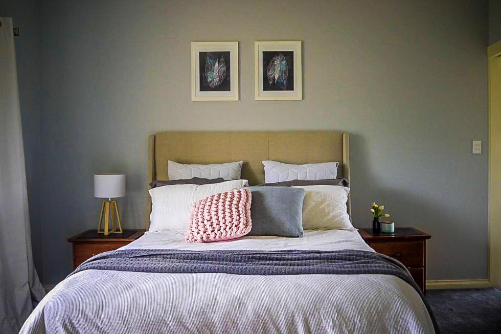 Bedroom-suite-new-home-construction-1024