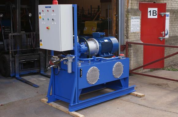Small power pack photo 6.jpg
