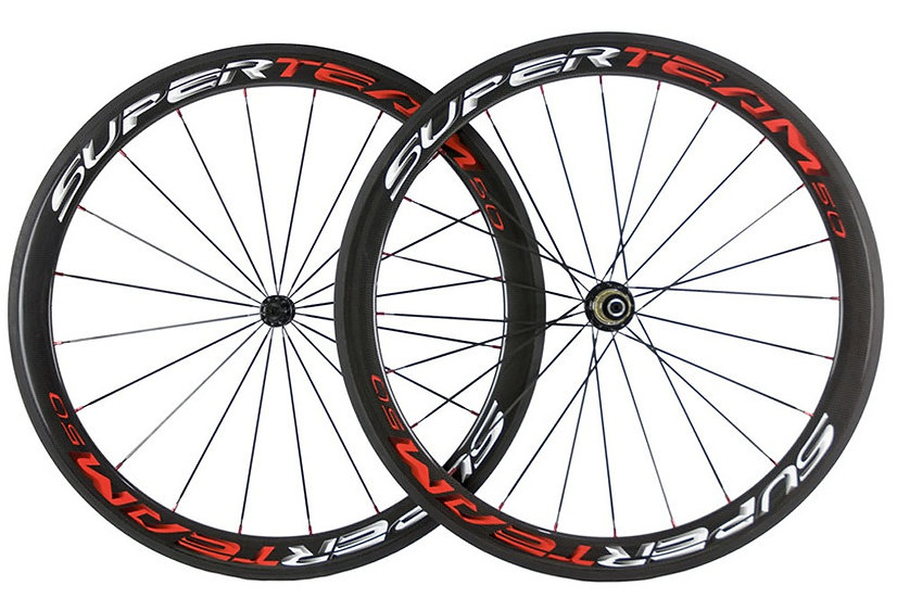 Roues carbones SuperTeam 50 Shadow pneus
