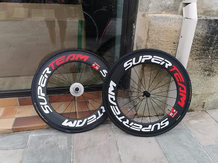 Roues d'essai SUPERTEAM 88MM +pneus