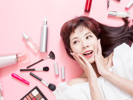 Instantly Brighten Your Smile With These Makeup Tricks - Shared by Northwest Dallas Cosmetic Dentist
