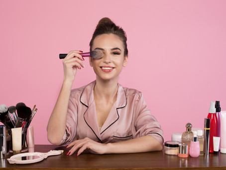 6 Easy Makeup Tricks to Make Your Teeth Look Whiter! Shared by Cedar Park, TX Cosmetic Dentist
