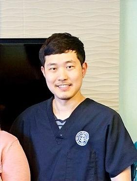 Dr. HyungSup Lee.jpg