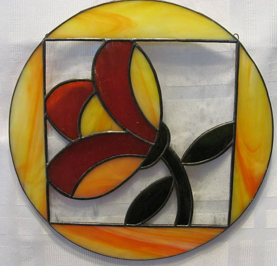 Tulip In the Round Stained Glass Sun