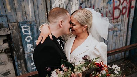 STYLISH INDUSTRIAL CITY ELOPEMENT WEDDING | MANCHESTER