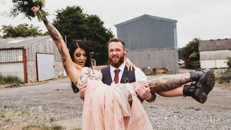 TATTOOED BRIDE AND GROOM ALTERNATIVE ELOPEMENT WEDDING SHOOT | SYDENHAM FARM, SOMERSET