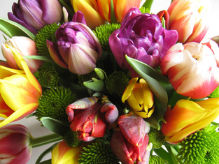 HOW FLOWERS CAN HELP WITH YOUR DRIVING
