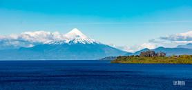 Volcan Osorno y Lago Llanquihue, desde Puerto Varas