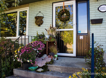 Decorating the Front Porch for Fall