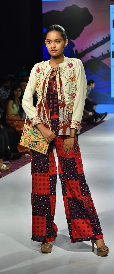 stylebyniks_CRW_IIFT-Bhopal_1.jpg
