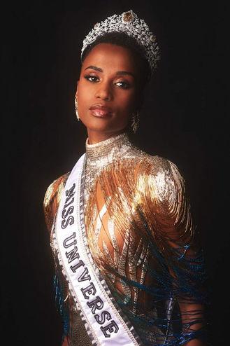 Zozibini Tunzi - Miss Universe 2019