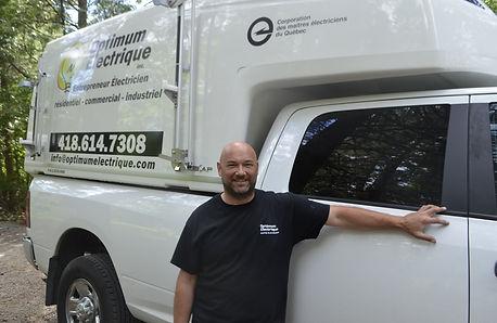 Stephane Gaudreault, entrepreneur électricien à Québec, charlesbourg, beauport, ste-foy, cap-rouge, ville de Quebec