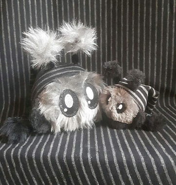 mimiplushies grey