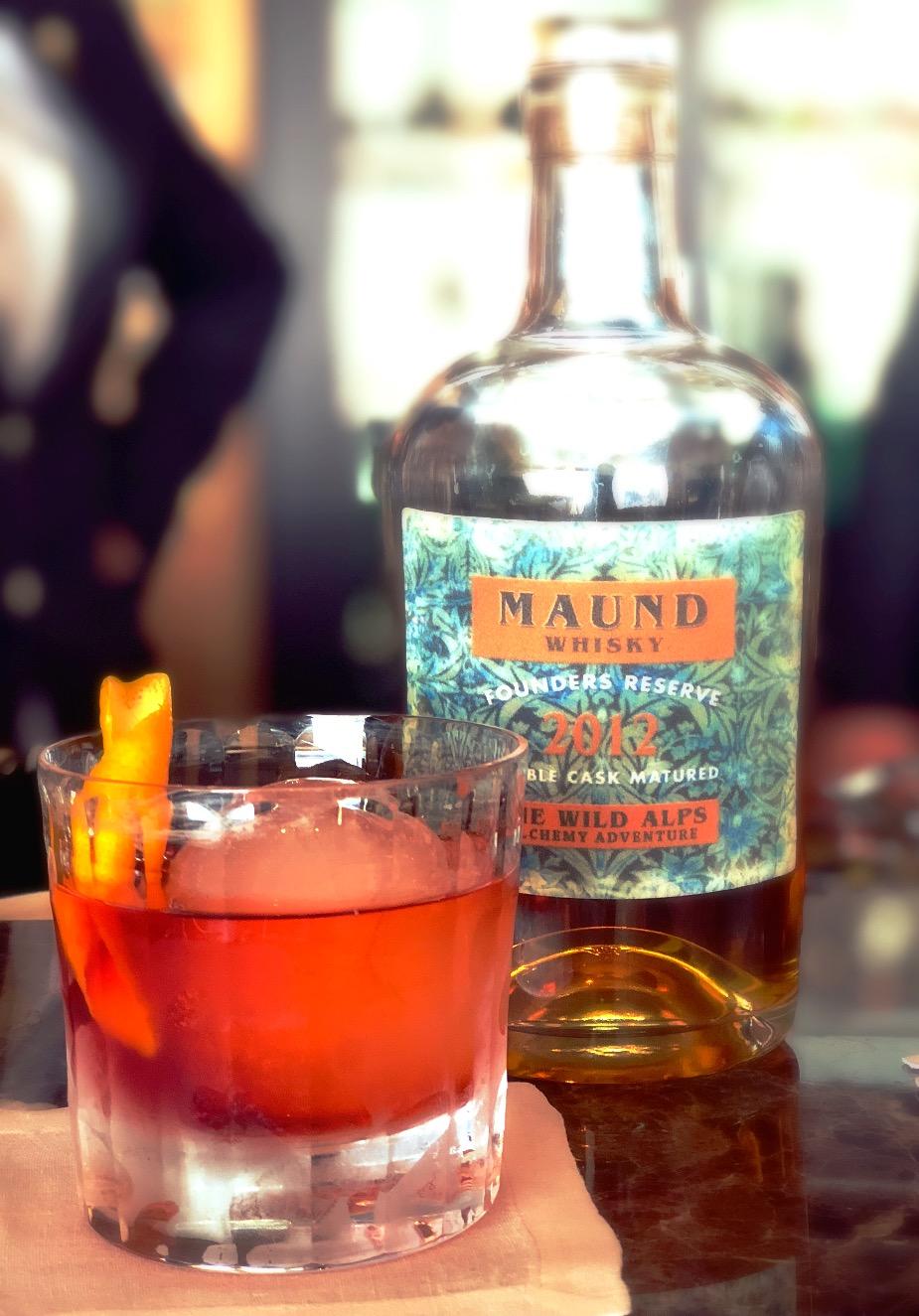 MAUND's Boulevardier perfect serve @ Almhof Schneider, Lech
