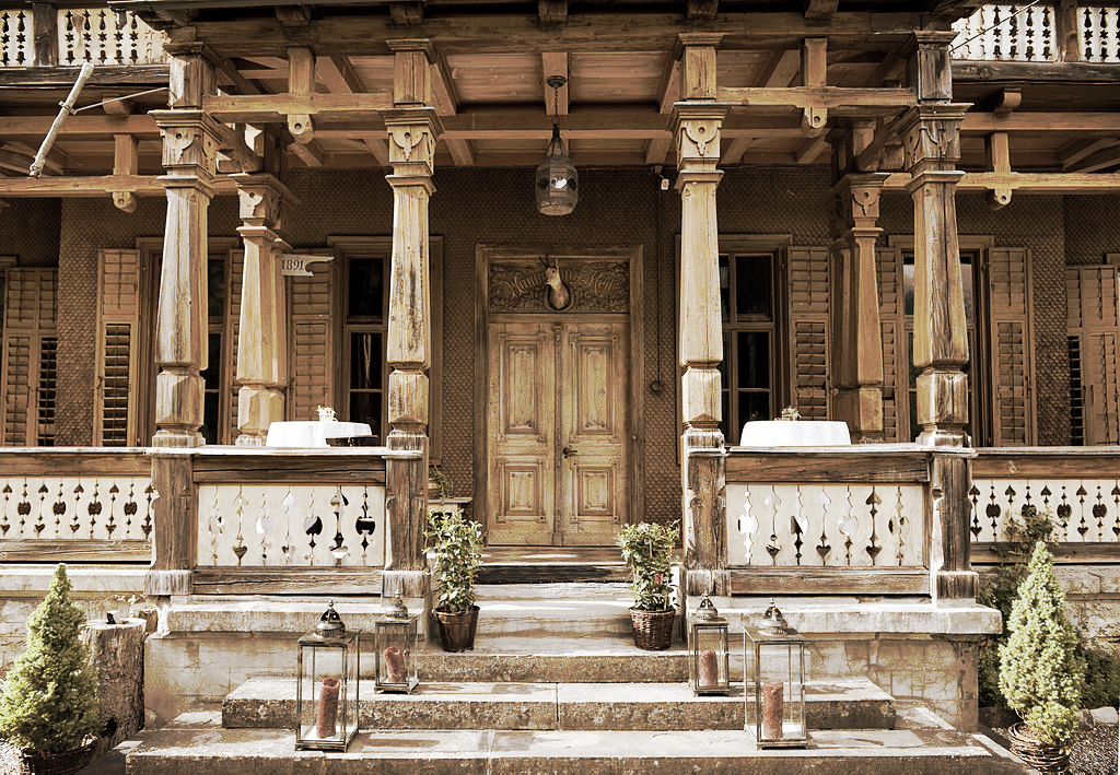 Villa Maund Entrance