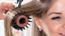 Escova nos cabelos: dicas para alisar os fios